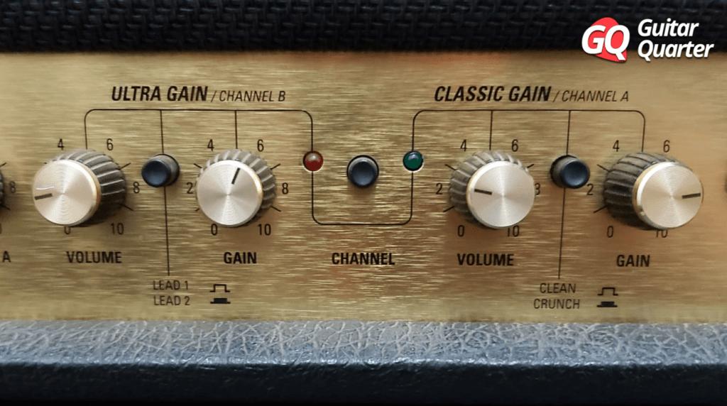 Ganho e volume de um amplificador Marshall JCM 2000 DSL 50.
